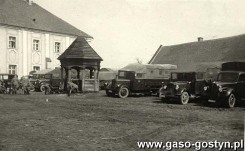 Oddział niemiecki stacjonujący w klasztorze na Świętej Górze w Gostyniu (1941 r.).